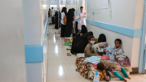إهمال متعمد تتعرض له المستشفيات الحكومية في صنعاء جراء نهب الميليشيا للأموال المخصصة للصرف عليها
