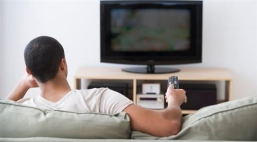 متى تصبح كثرة مشاهدة التلفزيون قاتلة؟
