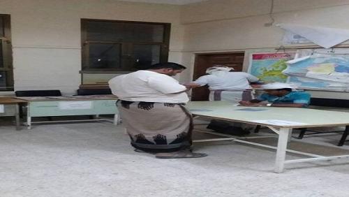 باكريت يوجه بالنزول الميداني للإطلاع على احتياجات ثانوية اليرموك بالمهرة