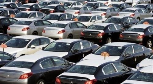 ترامب يهدد بفرض ضرائب على السيارات الأوروبية