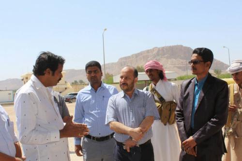 المدير العام التنفيذي لشركة النفط اليمنية في زيارة تفقدية لوحدة وقود الطائرات ومرافق ومحطات شركة النفط بوادي حضرموت