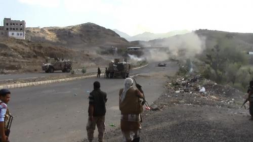 مقتل «9» حوثيين في معارك مع الجيش الحكومي في مقبنة بتعز