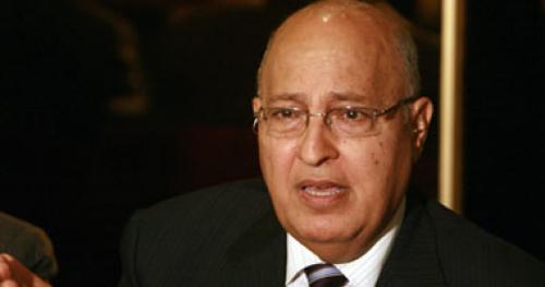 مستشار محمود عباس: وساطة تونسية لتعجيل اعتراف فرنسا بدولة فلسطين