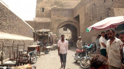 الحرب تطال سكان زبيد بالحديدة وآثارها التاريخية