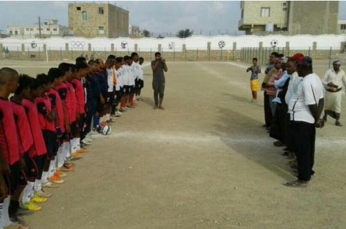 بدعم من مؤسسة خليفة بن زايد  انطلاق بطولة الناشئين لكرة القدم  بسقطرى