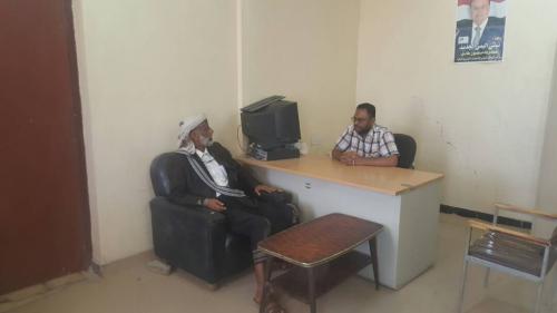 رئيس المجلس الانتقالي بشبوة  يلتقي مدير المالية بالمحافظة