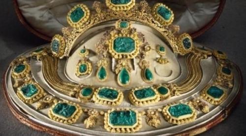 المتحف المصري يحتفل بـ يوم المرأة العالمي بعرض حلي ومجوهرات فرعونية
