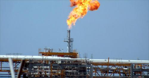 مصافي عدن: ملتزمون ببيع المشتقات النفطية عبر شركة النفط