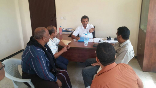 الصندوق الاجتماعي للتنمية يلتقي بالسلطة المحلية في خنفر