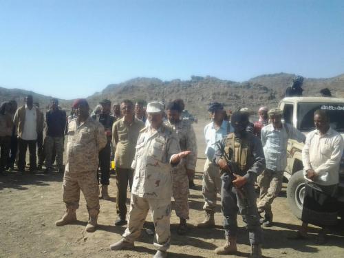 محافظ الضالع يتفقد سير الجاهزية القتالية للواء 33 مدرع في معسكر الجرباء