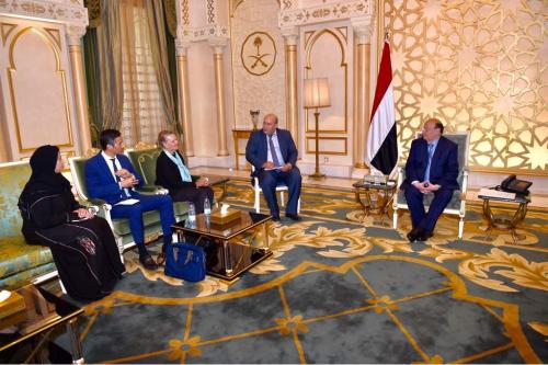 هادي يستقبل ممثل الأمم المتحدة لدى اليمن