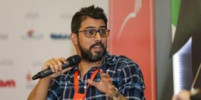 سعود السعوسني يلتقى جمهوره فى دبي ويوقع رواياته الأربعة