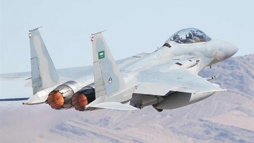 طيران التحالف يقصف مواقع للمليشيا شمال مطار صنعاء الدولي