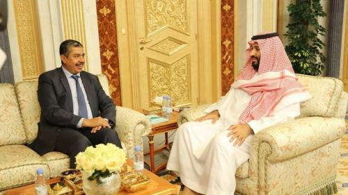 ولي العهد السعودي  يلتقي دولة الرئيس خالد بحاح في العاصمة السعودية الرياض