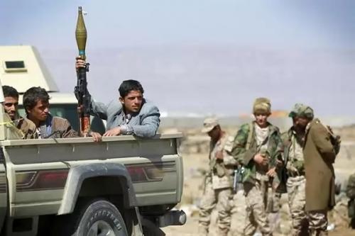 وفاة امرأة عقب سماعها تجنيد نجلها من قبل جماعة الحوثي بصنعاء