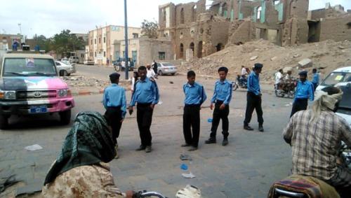 حملة مرورية لترقيم الدراجات النارية تجوب شوارع مدينة الحوطة