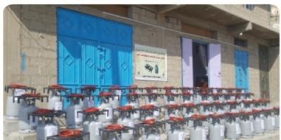 مبادرة شباب الخير تنفذ مشروع توزيع الطباخات و اسطوانات الغاز للاسر النازحة غرب عدن