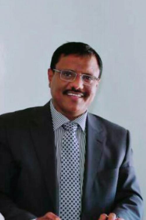 عاجل :  وفاة محافظ محافظة سقطرى  أثناء ذهابه لصلاة الجمعة بحديبو
