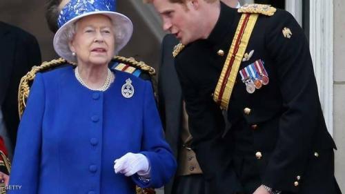 """الملكة إليزابيث توافق على زواج """"حفيدها الحبيب"""""""