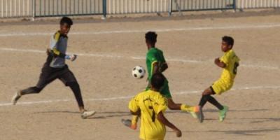منتخب حي الشافعي يتأهل للدور الثاني في بطولة الأحياء السكنية بالمكلا