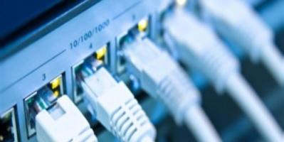 خلل فني في الاتصالات السلكية يتسبب في توقف الانترنت بأجزاء من مأرب