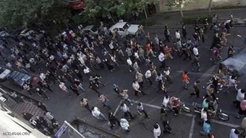"""انتفاضة عمالية تجتاح إيران.. و""""النوروز"""" يحمل رعبا للنظام"""