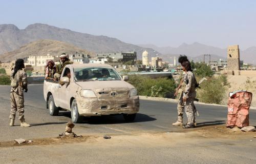قتلى وجرحى في هجوم مسلح استهدف نقطة أمنية في عتق بشبوة