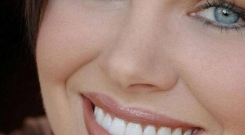 نظام ذكاء اصطناعي يتعرف على نوع الشخص من ابتسامته