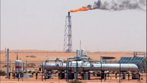 النفط يتراجع مع هبوط وول ستريت رغم التوترات بشأن إيران