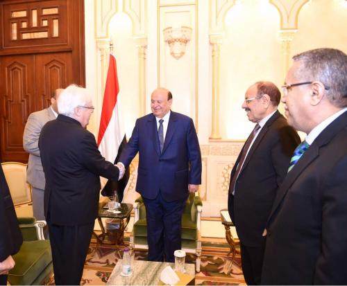 هادي يستقبل مبعوث الأمين العام للأمم المتحدة الجديد إلى اليمن