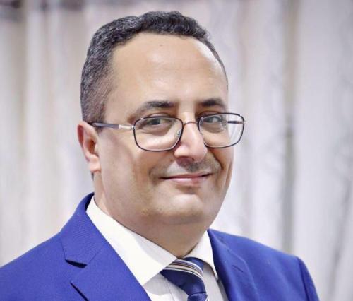 عقب استقالة جباري .. وزير ثاني يقدم استقالته من حكومة بن دغر