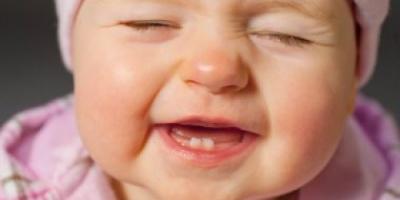 أفكار غلط عن التسنين عند الأطفال .. السخونية ليست من علاماته