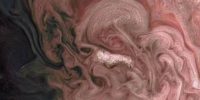 ناسا تكشف عن صور جديدة للعواصف على كوكب المشتري