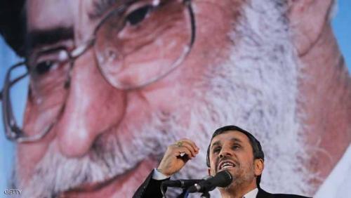 أحمدي نجاد وخامنئي.. النار تحت الرماد