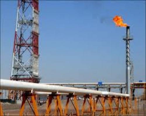 وزارة النفط تحذر من التعامل مع المليشيا الانقلابية