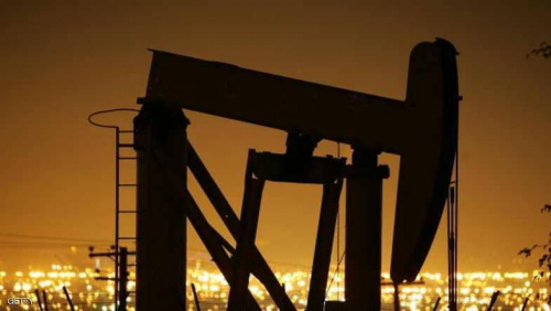 النفط يرتفع مع إعلان استمرار قيود الإنتاج