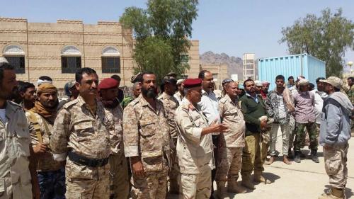 محافظ الضالع يزور قوات الحزام الأمني