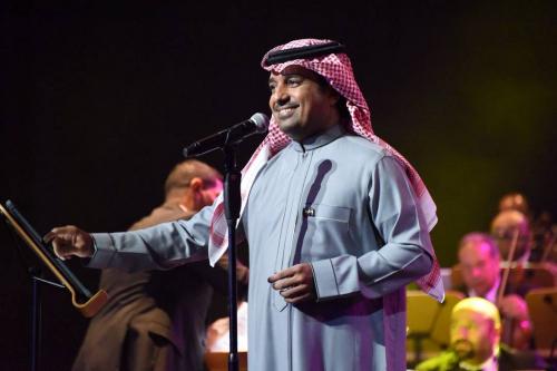 """راشد الماجد يطرح 21 أغنية عبر قناته في """"يوتيوب"""""""