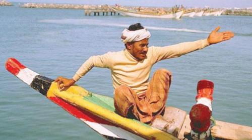 تفاصيل اختطاف 10 صيادين يمنيين على بعد أمتار من ساحل المخاء