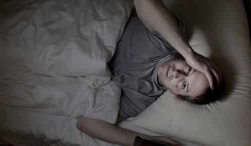 أي ضوء في غرفتك قد يكون من اسباب مرض الاكتئاب !
