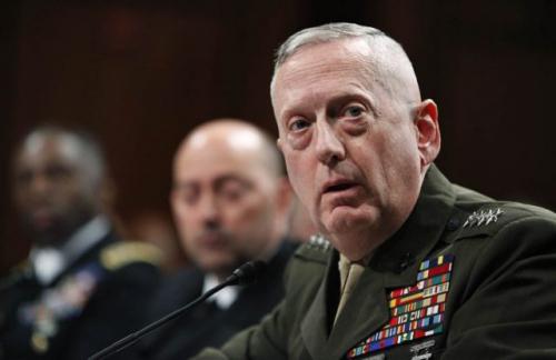 وزير الدفاع الأمريكي يشيد بجهود القوات الجنوبية في مكافحة الإرهاب في حضرموت وشبوة