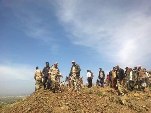 """سقوط """"4"""" شهداء وعددا من الجرحى بانفجار لغم استهدف طقما عسكريا في الصبيحة"""