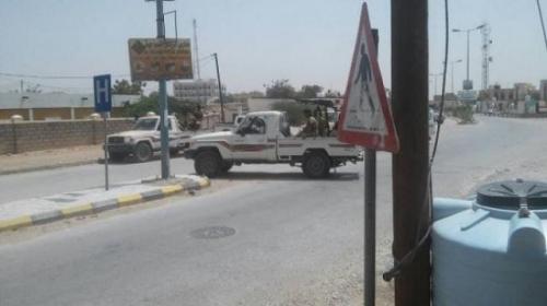 تفاصيل انفجار عنيف استهدف طقما عسكريا للنخبة الشبوانية وسقوط ضحايا