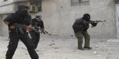 إصابة إمام وخطيب جامع الرويشان في عدن برصاص مسلحين مجهولين