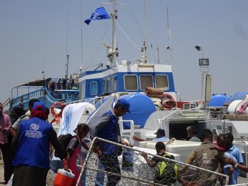 الهجرة الدولية تعلن إجلاء 128 صوماليا طوعا من اليمن