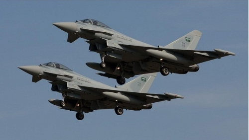 ضربات جوية مكثفة للتحالف على الحوثيين بالحديدة