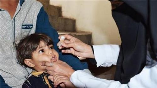 تحصين 323 الف طفل في 6 محافظات محررة والحوثيون يمنعون تنفيذ الحملة