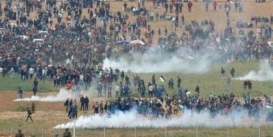 غزة: 12 شهيداً و1200 جريح في مسيرة العودة