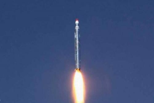 """مواطنون يمنيون: صواريخ ميليشيات الحوثي الإيرانية لن تهز السعودية وعزيمة """"التحالف"""""""