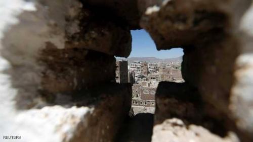 قوات الشرعية تتقدم على أكثر من محور في صعدة